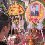 Mourners gather for Chut Wutty's funeral (Source: Radio Free Asia)